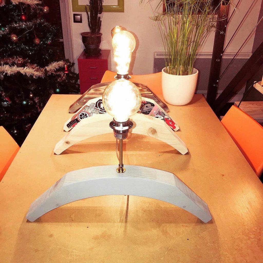 Création luminaire récup chistera Lampe sport pays basque