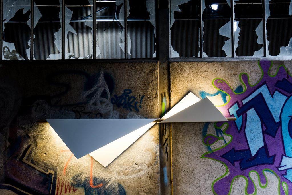 luminaire géométrique mural Flapping Wings Aile d'oiseau