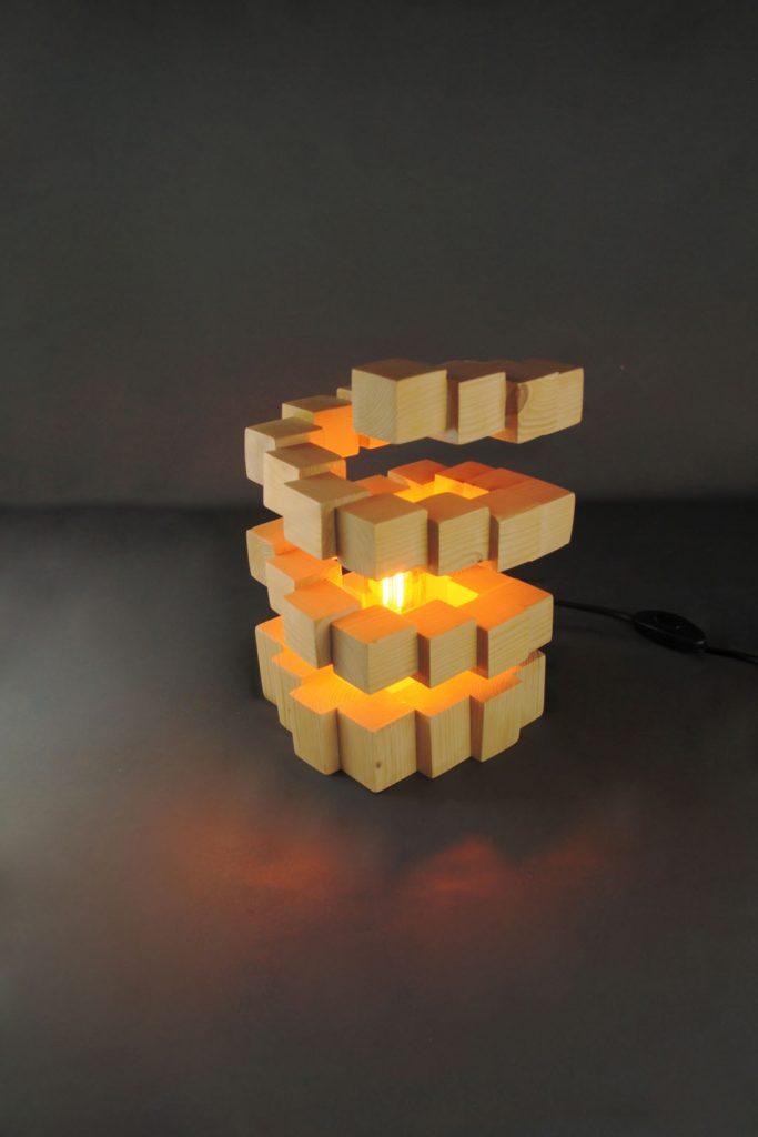 Tornade ³ création originale grenoble Artiste Sbands lampe en bois artisanale