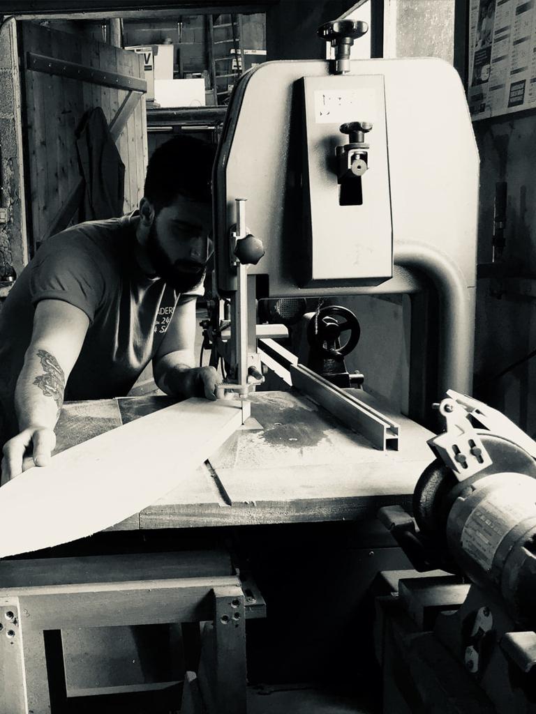 blog Mon Meublé créateur ébéniste Kévin Thiré skateboard en marqueterie